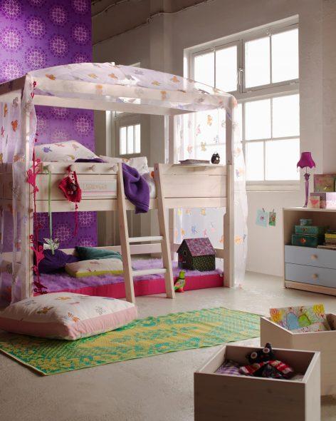 Двухъярусный домик кровать
