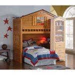 деревянный домик кровать для детской