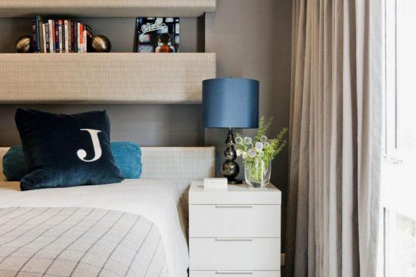 Фото полок в спальне
