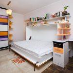 Горизонтальная кровать откидная в детской