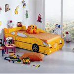 желтая машина кроватка