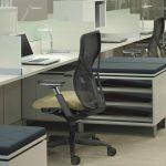 кресло офисное с современным механизмом