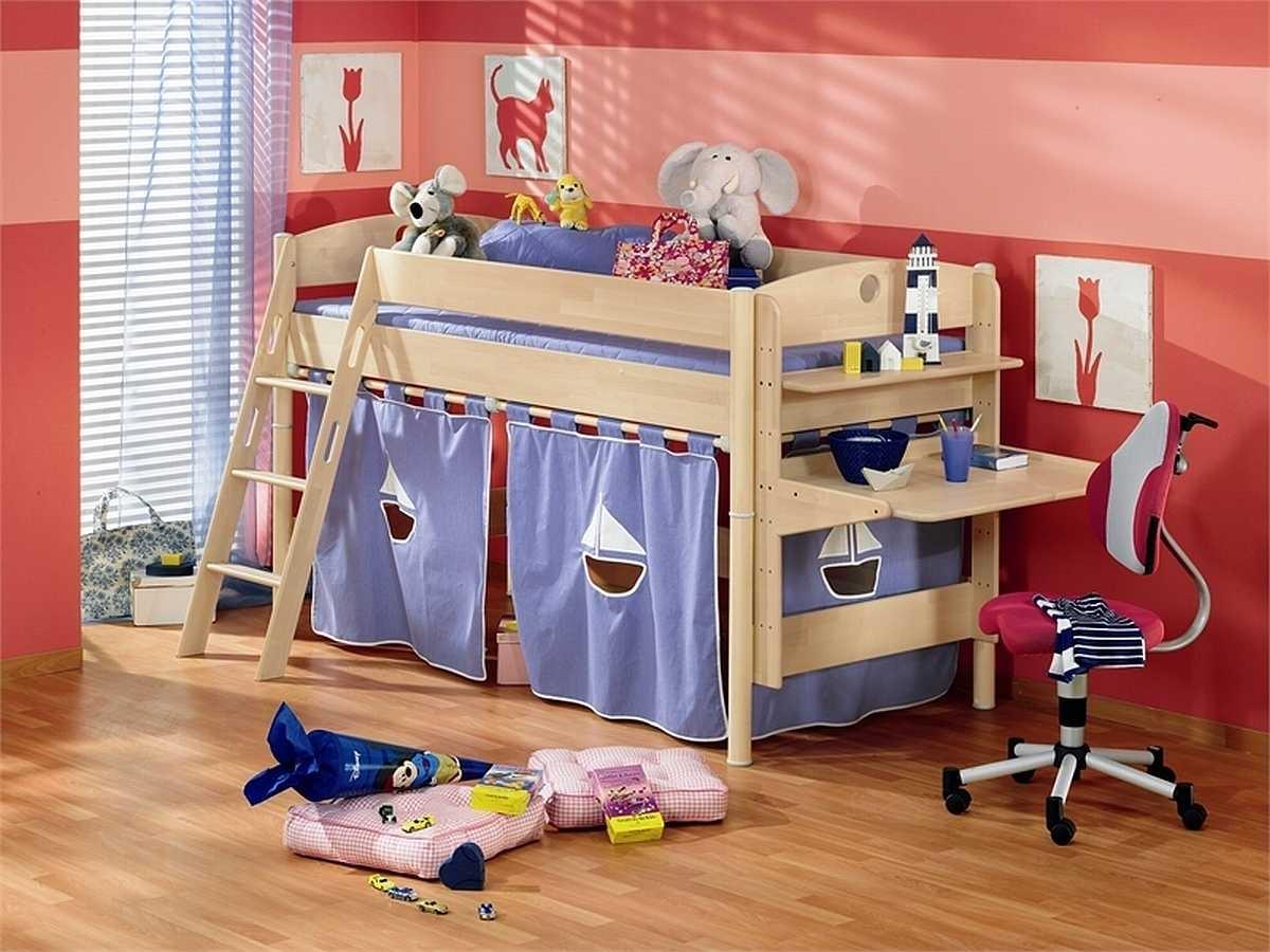 Как сделать кровать для детской