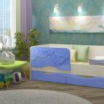 кровать с бортиками дельфинами