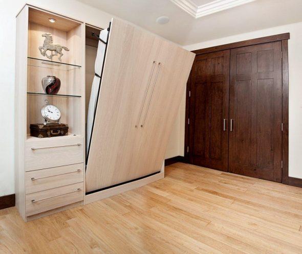 кровать в шкаф