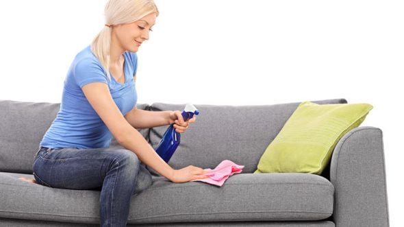 очистить пятно с обивки дивана