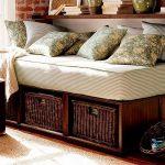 диван плетеный