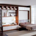 подъемная кровать в боковой нише