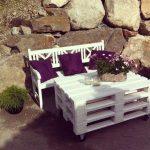 скамья и столик из паллетов