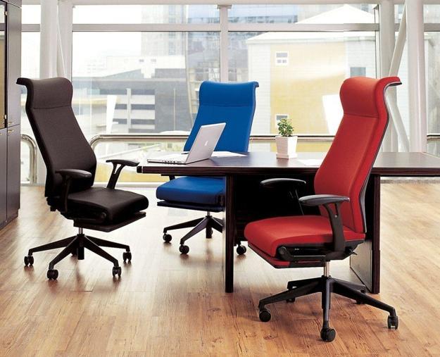 эргономичные офисные кресла