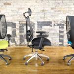 яркие современные офисные кресла