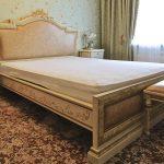 спальная мебель из дерева
