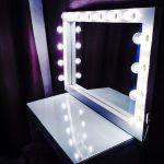 гримерный столик белый с подсветкой