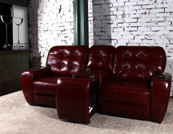 вишневая обивка дивана