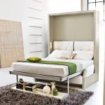 элегантная спальня со встроенной кроватью
