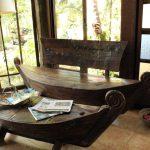 столик и скамейка из дерева