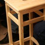 Деревянные барные стулья для стола