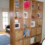 Книжный шкаф-перегородка 1