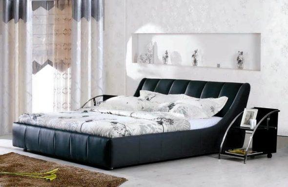 Кровать большая из экокожи
