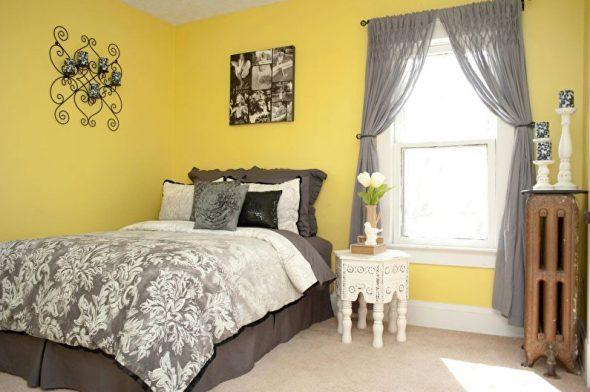 Спальня в желтых тонах