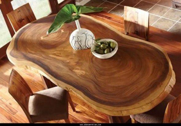 овальный стол из дерева
