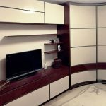Практичные радиусные шкафы в интерьере
