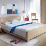 Простая и современная кровать