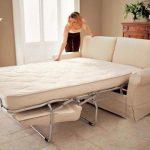 Раскладной диван для маленького помещения