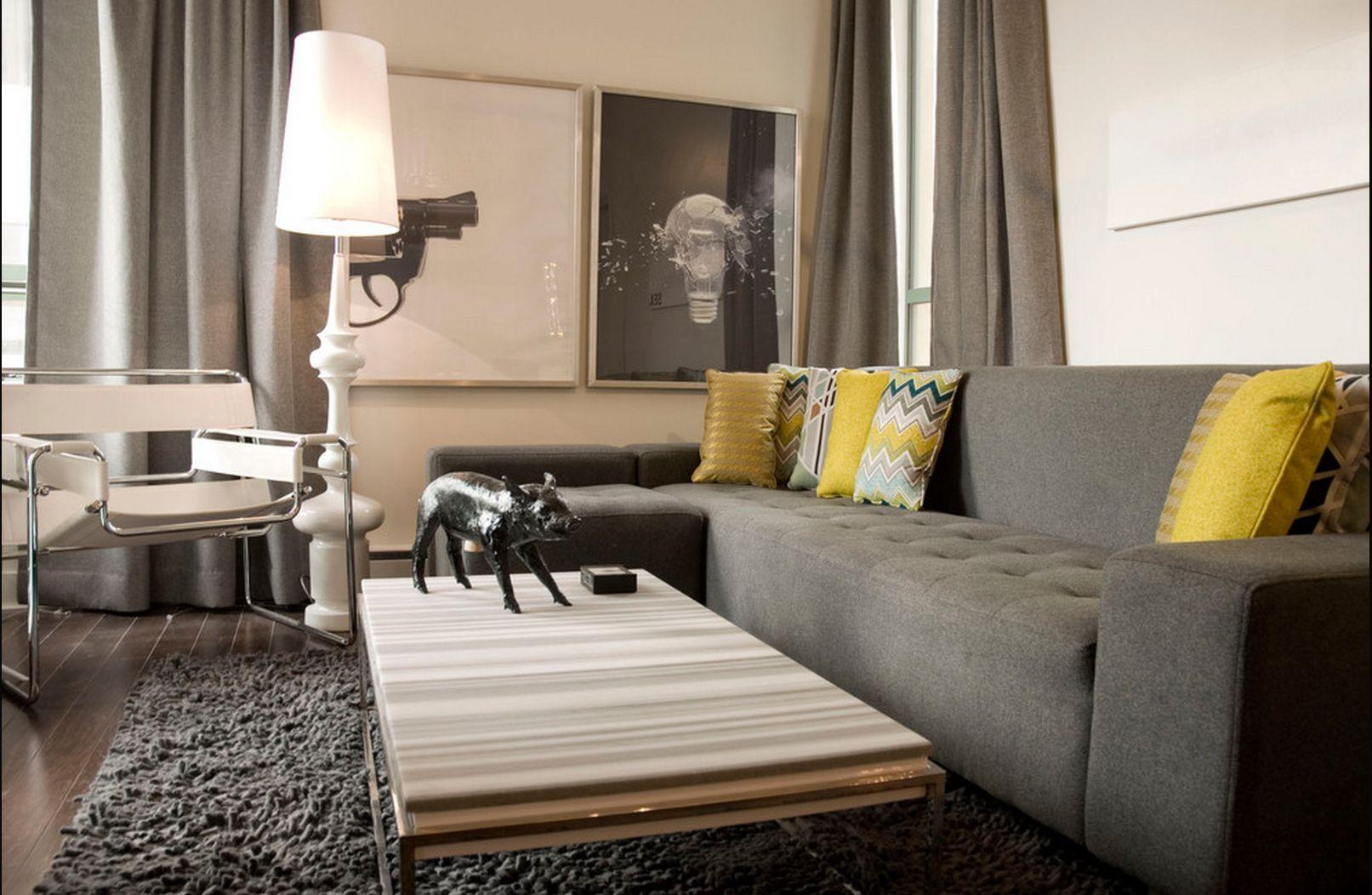 Дизайн интерьера коричневого дивана