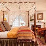 балдахин над кроватью необычный