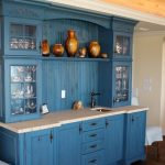 бежево-синяя кухня