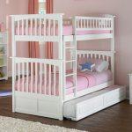 детская выдвижная кровать трехспальная