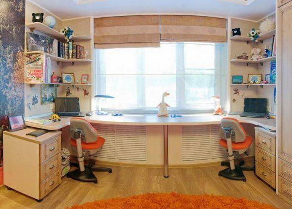 дизайн шкафа вокруг окна в детской