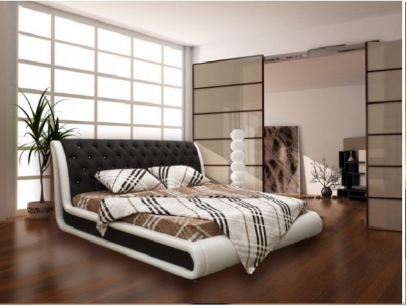 изысканная большая кровать