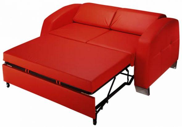 красный раскладной диван