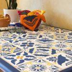 необычный декор кухонного стола