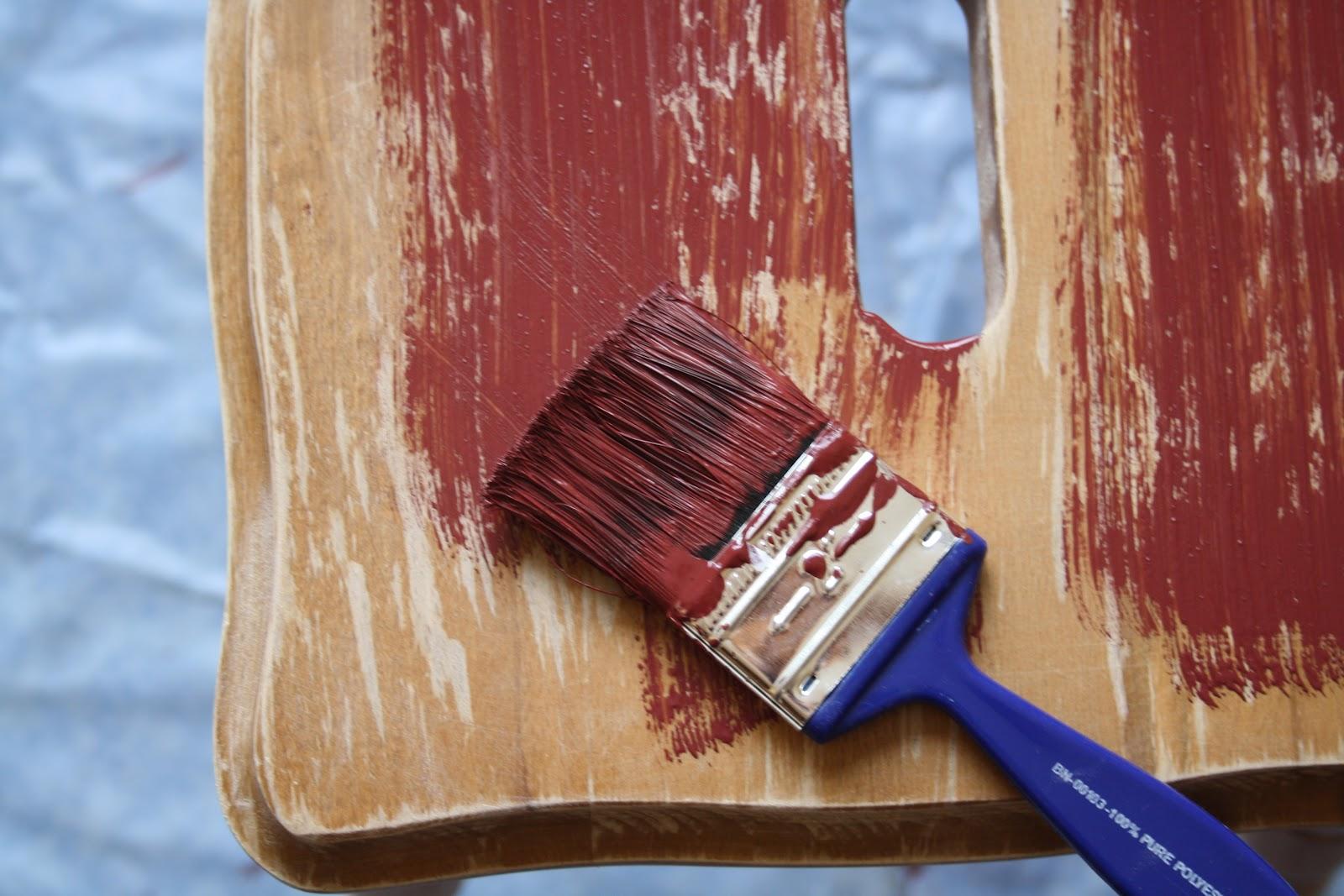 Как покрасить дерево или деревянную поверхность своими руками 97