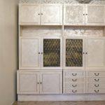покраска мебели шкафа из дсп