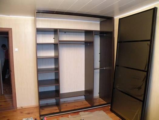 Встроенный шкаф купе своими руками в прихожей