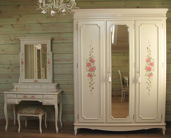 Ремонт старых встроенных шкафов
