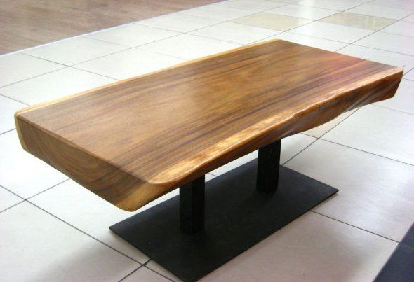 стол из спила деревянный
