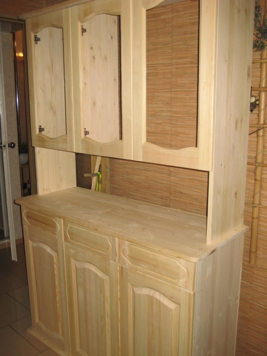 Кухонный буфет из дерева своими руками 78