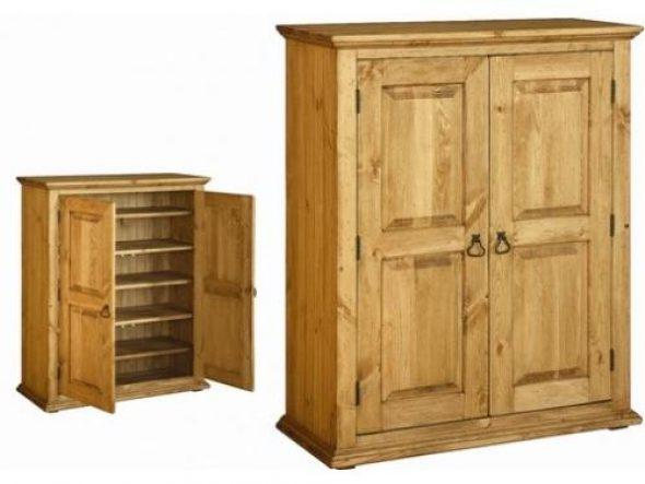 Деревянная мебель смотрится натурально