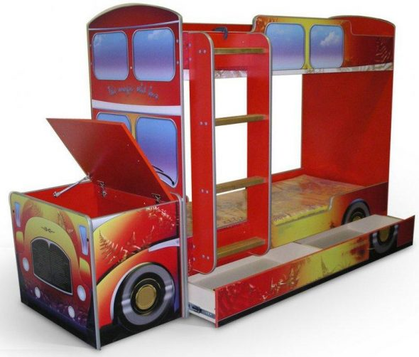Двухъярусные кровати автобусы