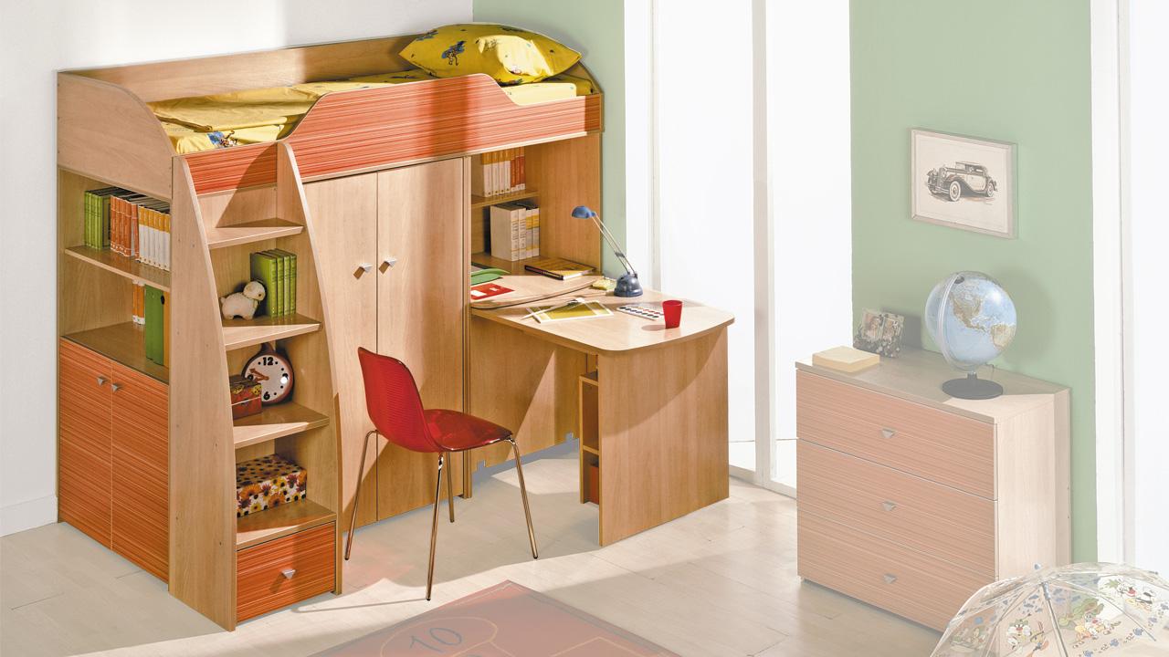 Детская кровать чердак со столом - стильные модели в интерье.