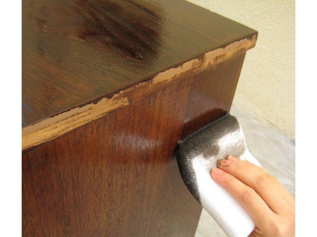 Как обновить лакокрасочное покрытие у мебели своими руками