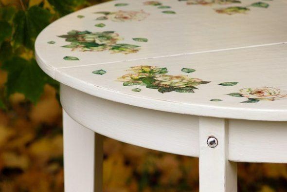 Обновляем столик легко и просто