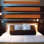 бра над кроватью