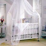 детская кроватка белая с балдахином