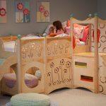 детская кровать с горкой дерево